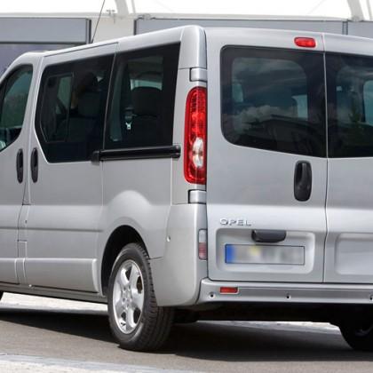 Κατ. E – Opel Vivaro 2000cc 7 θέσεων – Μοντέλο 2011