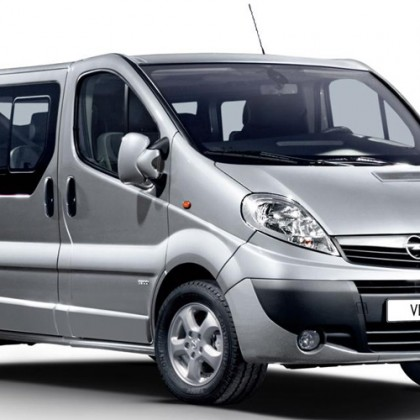 Cat. E – Opel Vivaro 2000cc 7 seater model 2011